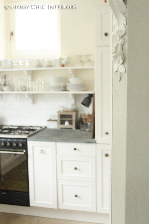 Restyling di una cucina ikea shabby chic interiors - Ikea specchio tavolo ...