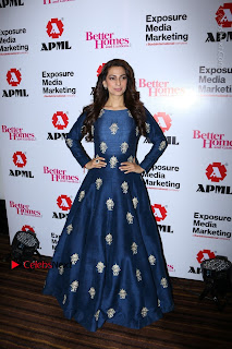 Bollywood Actress Juhi Chawla Launchs Better Homes 10th Anniversary Celetion Cover  0021.JPG