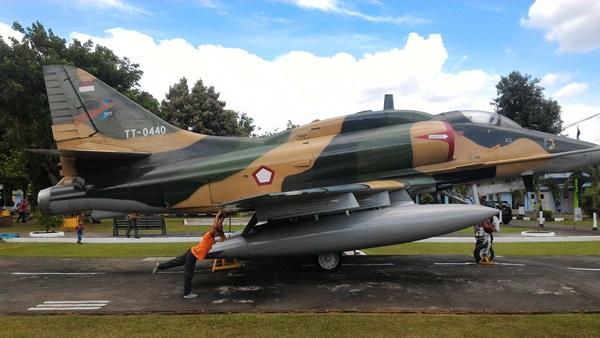skyhawk TT-0440