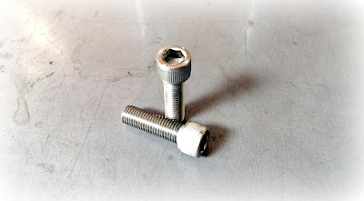 Custom Unique Thread Pitch Screws - 3/8-20 X 1-1/4 Socket Head Cap Screws in 18-8 Stainless Steel Material