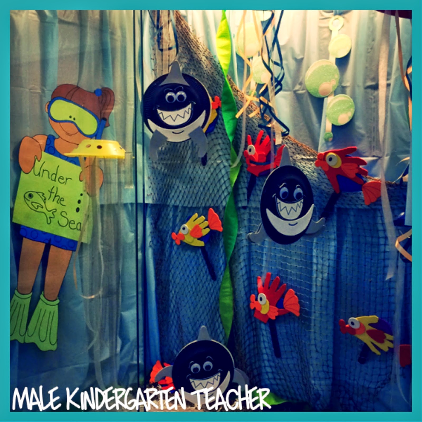Male Kindergarten Teacher Under The Sea Into The A B Sea