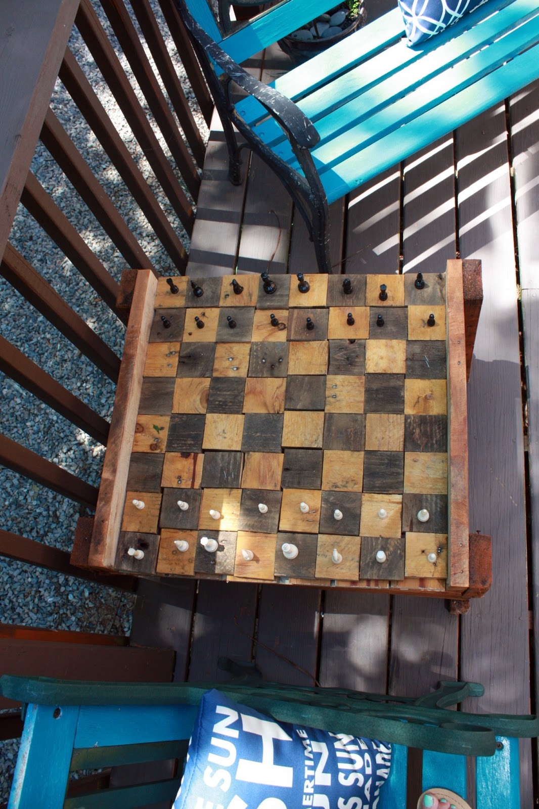 Diy Wood Chess Board Visibly Moved Diy Pallet Deck Furniture
