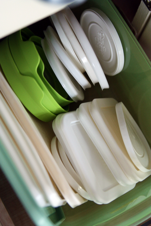 Tupperware offers replacement parts through its customer care phone line and Tupperware Consultants. Tupperware notes that having the Tupperware mold number expedites the replacement process. A guide for finding the number is available on its website.