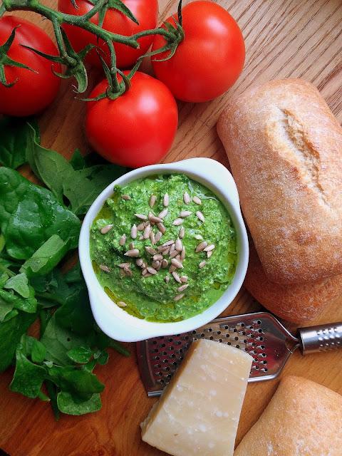 Pesto ze szpinaku / Spinach Pesto