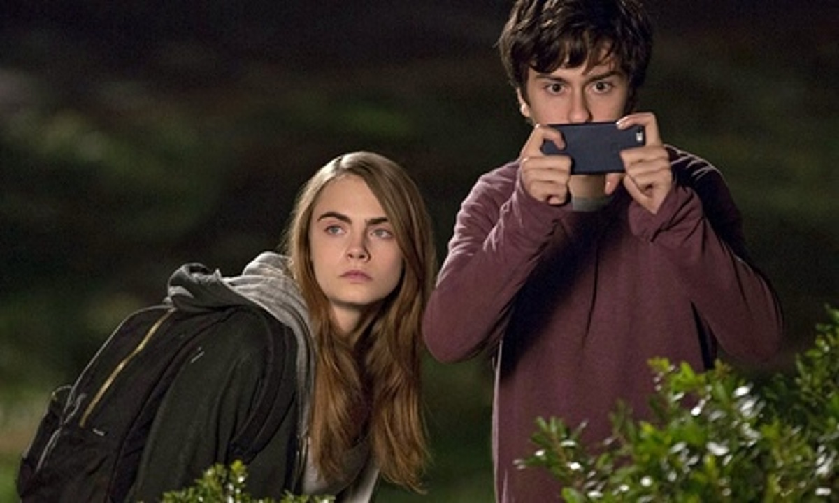 Movie Review: Paper Towns - Video - NYTimes.com