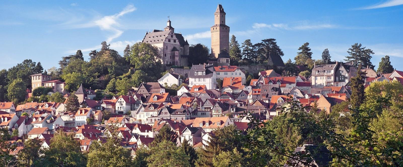 Click on: STUDENT EXCHANGE 2019: KRONBERG IM TAUNUS (GERMANY)