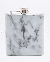 http://www.urbanoutfitters.com/fr/catalog/productdetail.jsp?id=5533386290200&category=GIFTS-FOR-HER-EU