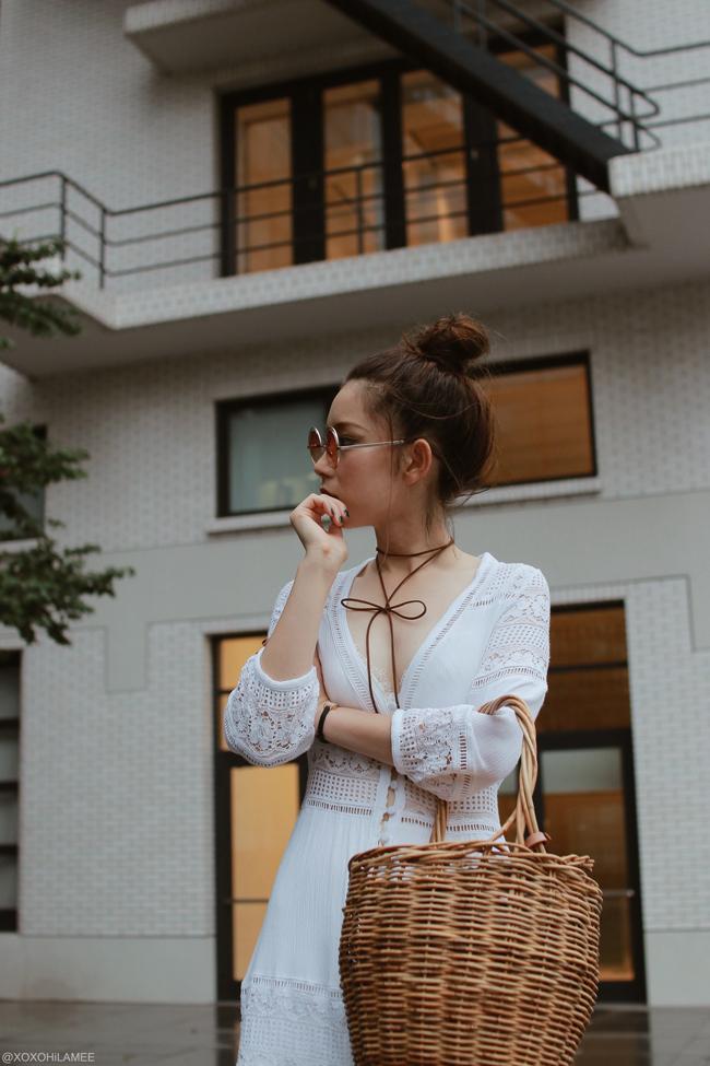 日本人ファッションブロガー,Mizuho K,20170816今日のコーデ,CHOIES-ホワイトレースクロシェ深Vネックワンピース,エナメルレースアップブーツ,Menui-かごバッグ,zeroUV-グラデーションラウンドサングラス,3COINS-ブラウンストリングチョーカー