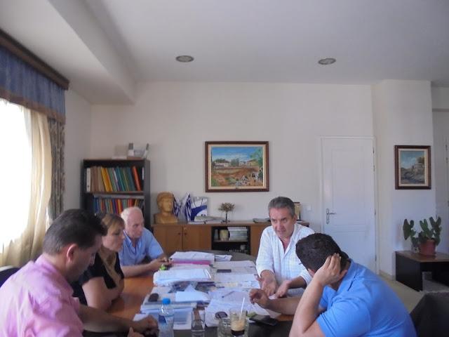 ΣΥΝΑΝΤΗΣΗ ΤΟΥ ΒΟΥΛΕΥΤΗ ΘΕΣΠΡΩΤΙΑΣ ΤΟΥ ΣΥΡΙΖΑ κ. ΜΑΡΙΟΥ ΚΑΤΣΗ ΜΕ ΤΟ ΔΗΜΑΡΧΟ ΦΙΛΙΑΤΩΝ
