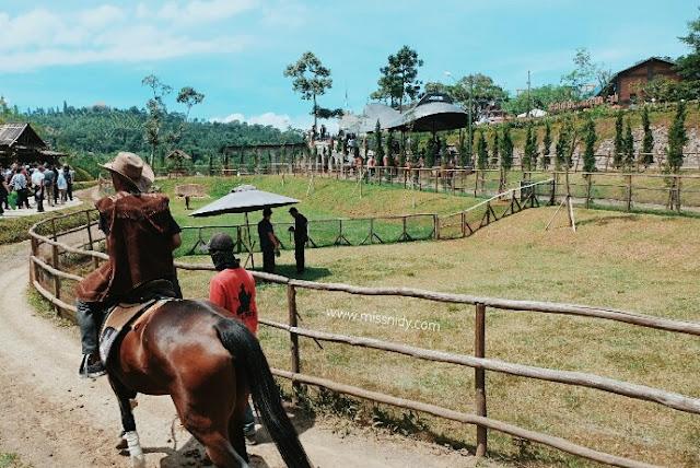 wisata berkuda di the ranch puncak