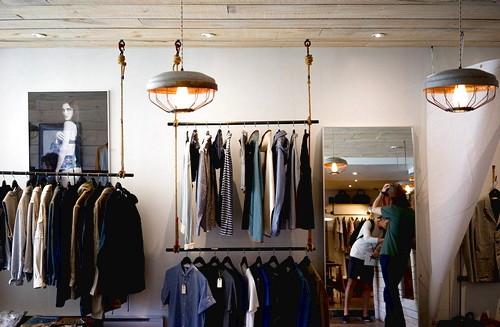 Mini Butik, Bisnis Rumahan Skala Sedang Yang Menguntungkan