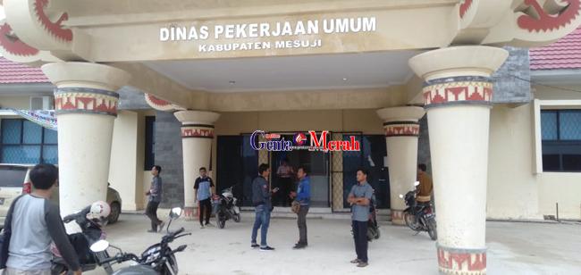 Pejabatnya di OTT KPK, Kantor Dinas PUPR Mesuji Lengang