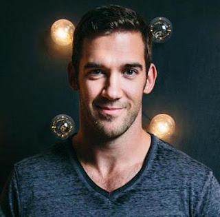 Lewis Howes Wiki, Biography, Age, Relationships, Wife, Married, Net Worth, Book, Height, Football