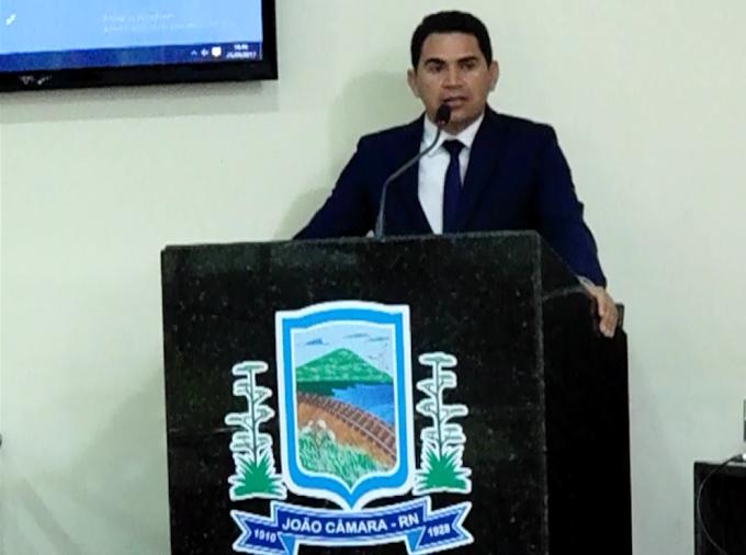 Câmara aprova 02 requerimentos do Vereador Pastor Frank e reprova um que cobrava informações dos prédios alugados pela prefeitura de João câmara.