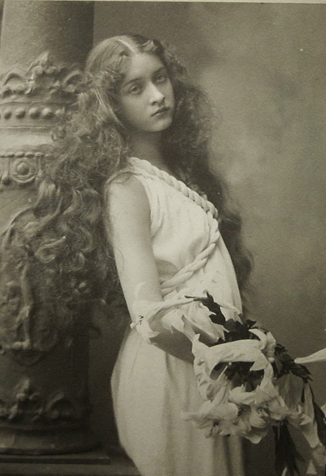 30 beautiful portraits of maude fealy from the early 1900s