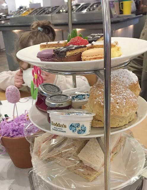 aftternoon tea wyevale garden centre Gosforth