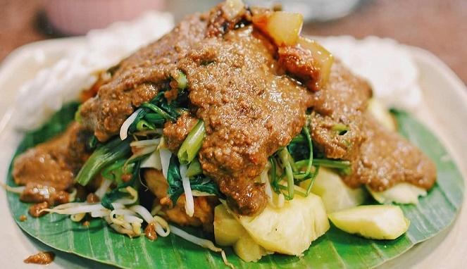 Rujak Cingur Dinobatkan Makanan Tradisional Sehat dan Bergizi