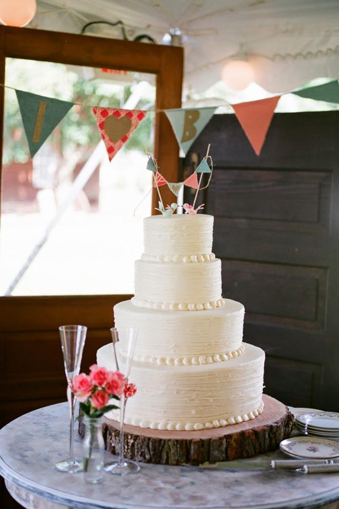 Pretty Coral Rustic Wedding Belle The Magazine