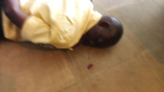 WONDERS: Police Officer Beat Up LASTMA Official In Ajah