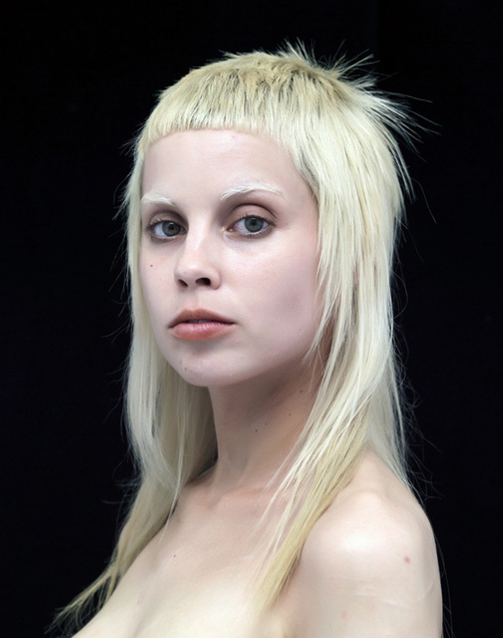 Young Yolandi  nude (83 fotos), YouTube, braless