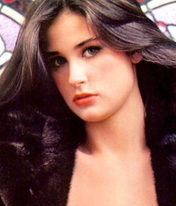 Rostro angelical de la actriz Demi Moore