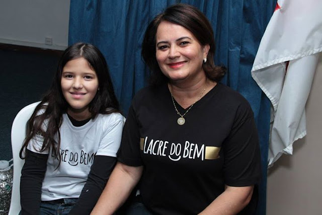Lacre do bem Julia e sua mãe Ivete