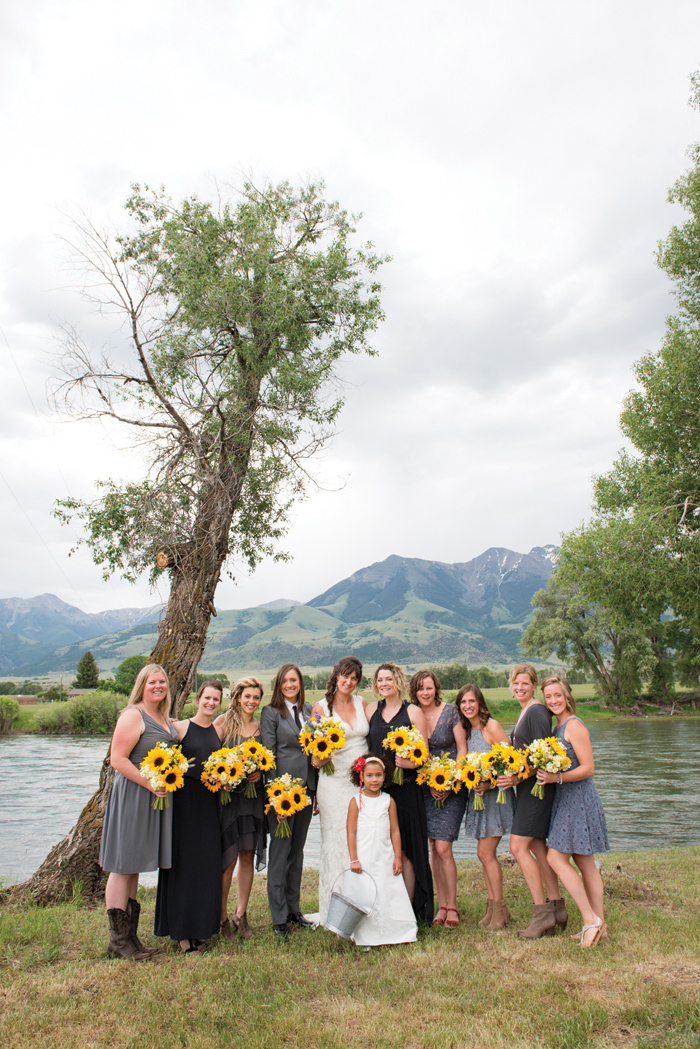 Montana Wedding Party / Sunflowers / Photography: Amelia Anne Photography / Planning & Flowers: Katalin Green