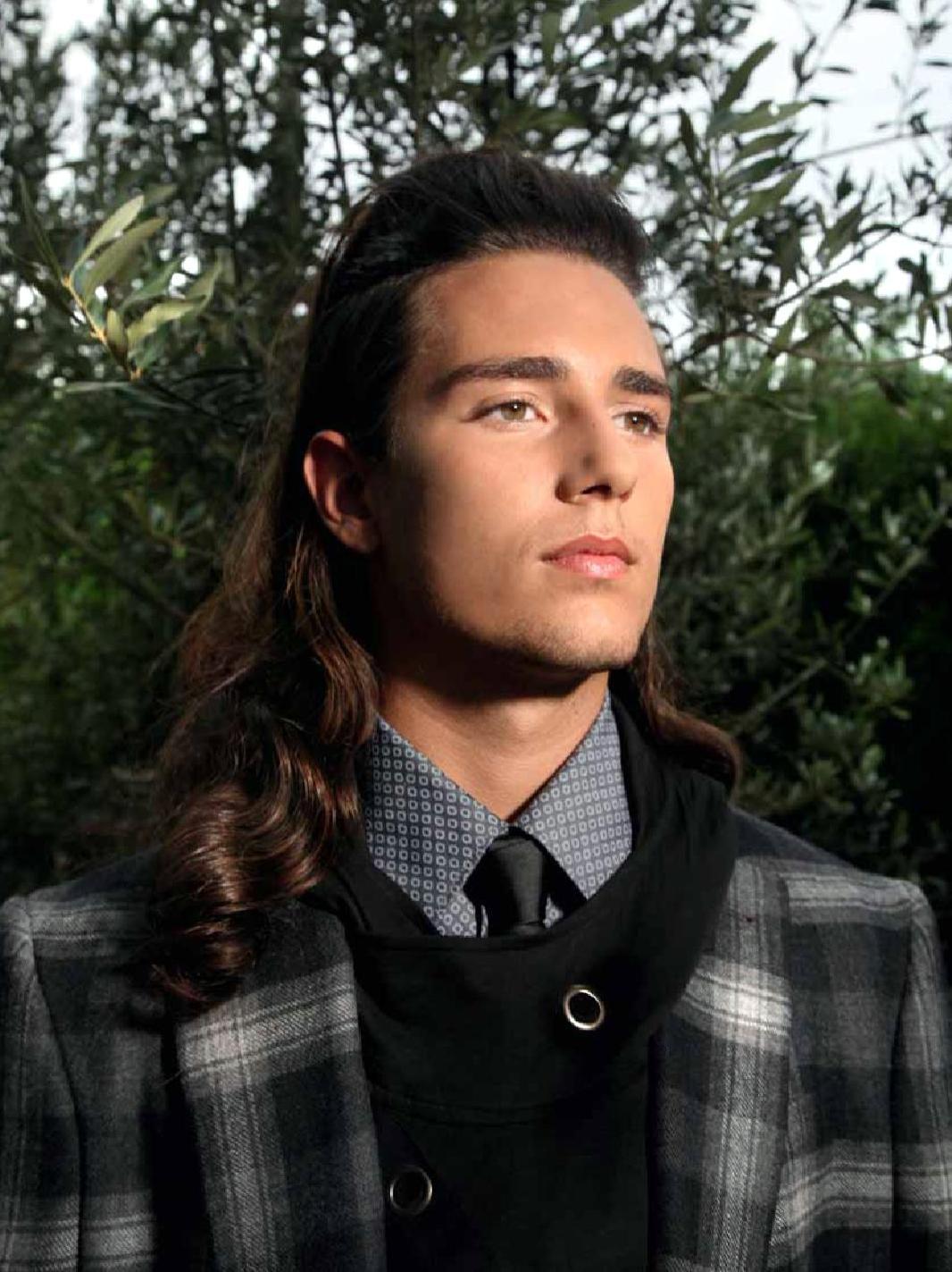 corte pelo largo 2018 cabello ondulado hombre 2018 - Cortes De Pelo Largo Hombre