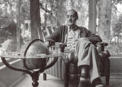 Ensayista mexicano Salvador Novo