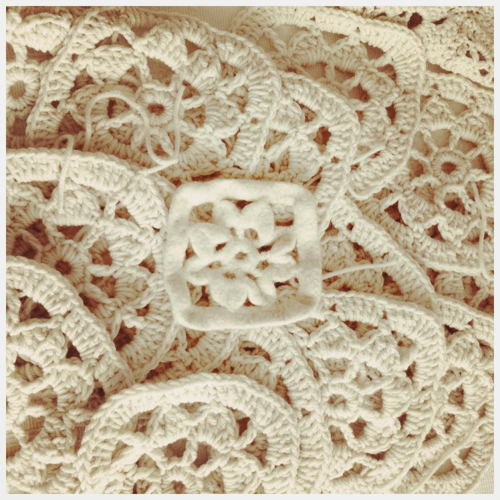 2012 Work In Progress Tappeto Crochet Rettangolare