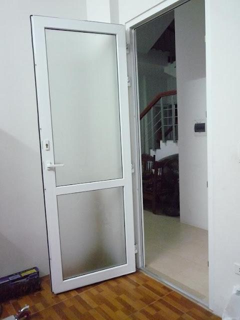 cửa nhôm kính 1 cánh thông phòng
