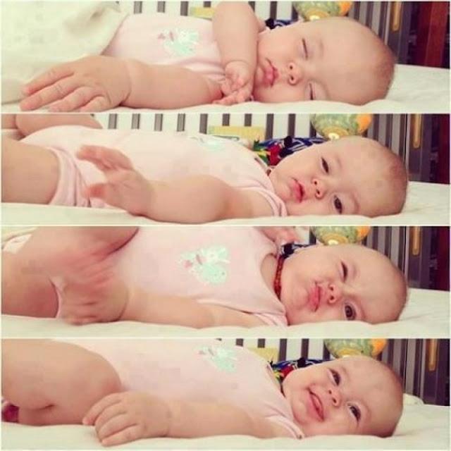 O lindo despertar de um bebê.