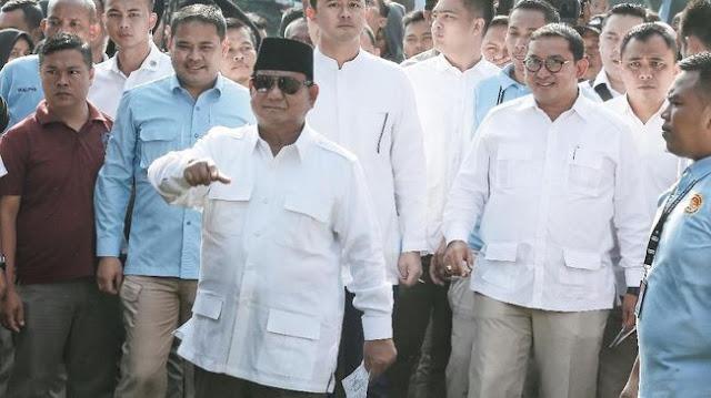 Takbir dan Lagu Kemenangan Bergema di Rumah Prabowo