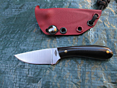 Battle horse neck knife