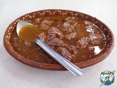 Birria de res en el mercado de comidas de Cleofas Mota