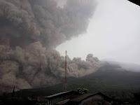 Gunung Sinabung Meletus Lagi, Tiga Orang Tewas Tersapu Awan Panas