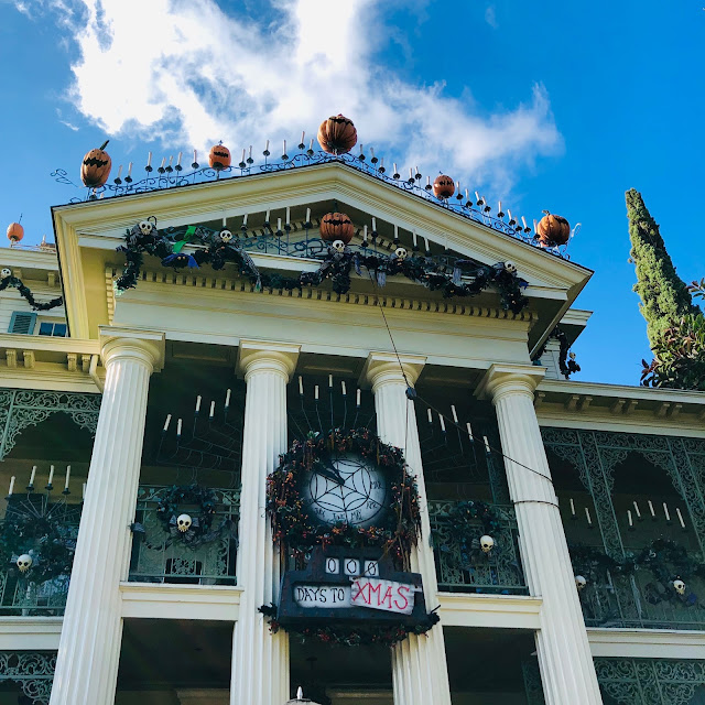 Disneyland Holidays, Christmas, holiday season, Disneyland, top Disneyland holiday ideas, Haunted Mansion Holiday