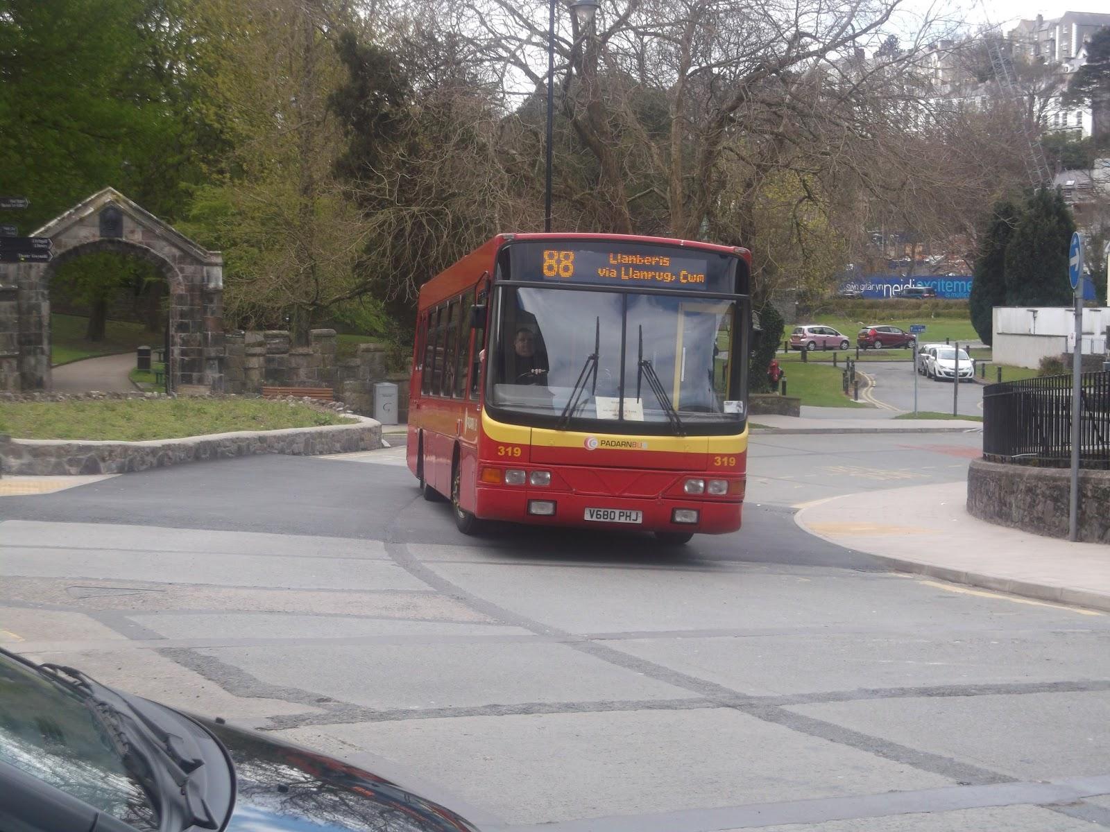 The 2002 Bus Blog: Day Visit to Bangor, Llandudno and Rhyl