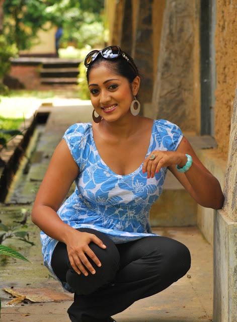 Sri lankan actress and models Samanali Fonseka | New Image