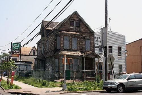 Queens Crap Astoria Quot Ghost House Quot
