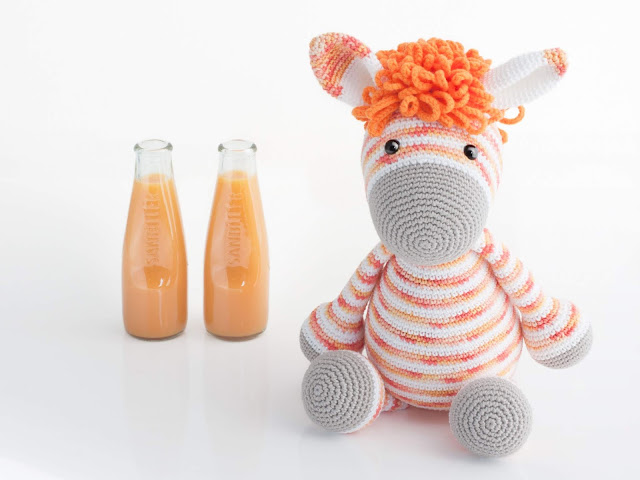 amigurumi-zebra-naranja