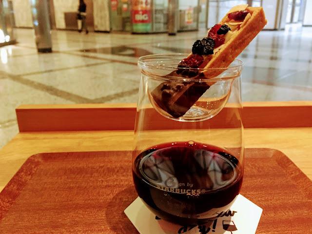 スターバックスイブニング赤ワイン Starbucks evening red wine
