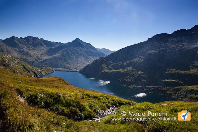 Il lago di Lucendro dal sentiero