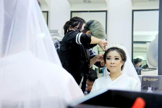 Make up session, Wedding Steve & Feni | Photographer & Editing : Wisnu Photographer || Fotografer Purwokerto, Banyumas, wedding, fotografer wedding, photographer wedding, photographer purwokerto, purwokerto, banyumas, top fotografer purwokerto, photographer purwokerto, fotografer wedding purwokerto, photographer wedding purwokerto, fotografi, photography, fotografer purwokerto, fotografer banyumas, fotografer jawa tengah, photographer purwokerto, fotografer pwt, purwokerto, cilacap, fotografer cilacap,