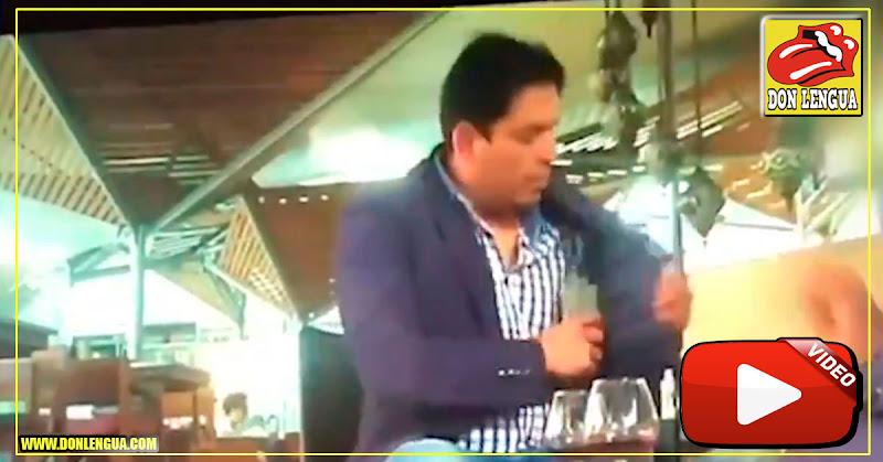 Momento de la captura del fiscal colombiano que recibió dinero de corrupción