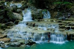 Keindahan Objek Wisata Air Terjun Sri Gethuk