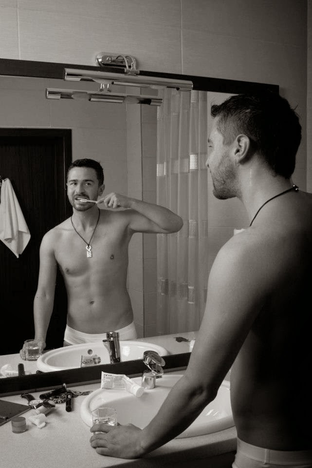 Jedwards Shirtless Photo Shoot for the Gay Times | wiwibloggs