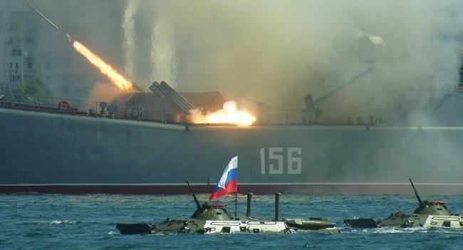 Ρώσος ναύαρχος: «Ρωσικά υποβρύχια θα βυθίσουν όλα τα αμερικανικά πλοία έξω από την Συρία αν χρειαστεί»