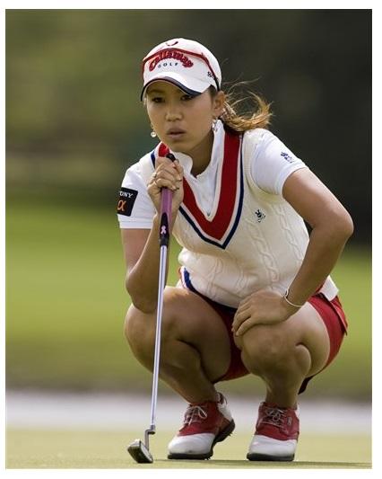 Sexy Female Golfers 82