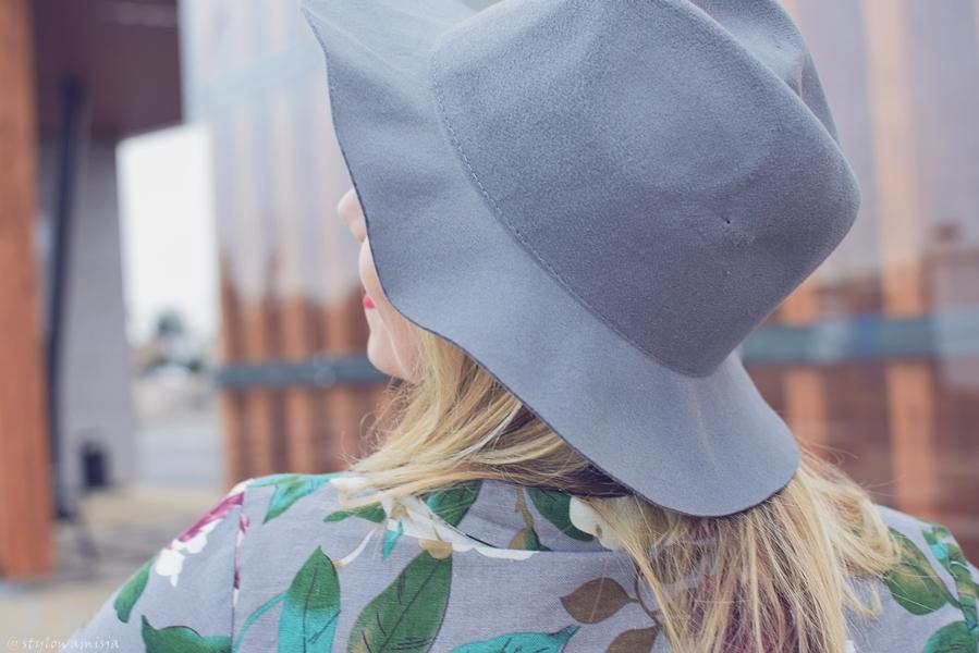 brilu, brilupl, czasnabuty.pl, dworzec, e-marilyn.pl, kapelusz, kozaki, moda, ponczo, rajstopy, sukienka, szary, torebka, totallook, zaful,